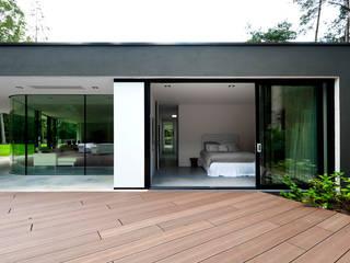 Modern style bedroom by 123DV Moderne Villa's Modern