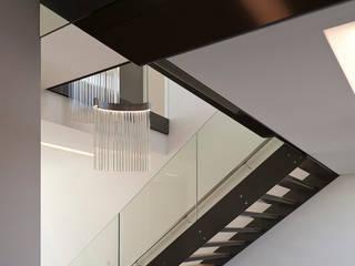 Projekty,  Korytarz, przedpokój zaprojektowane przez 123DV Moderne Villa's