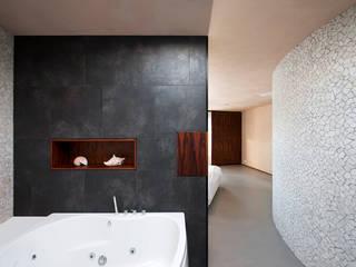 Baños de estilo  por 123DV Moderne Villa's
