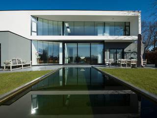 123DV Moderne Villa's Modern Terrace