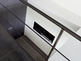 minimalist  by DIRK COUSAERT, Minimalist