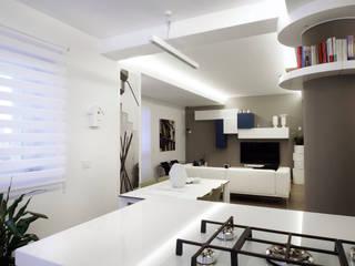 Casa BT: Sala da pranzo in stile  di Laboratorio di Progettazione Claudio Criscione Design