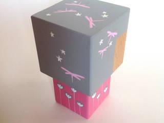 Poupée figurine cubique décorative.:  de style  par Madammag