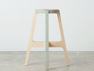 Paper-Wood STOOL van DRILL DESIGN Co., Ltd. Minimalistisch
