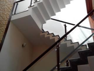 Sri. Ravishankar Guruji:  Houses by Geometrixs Architects & Engineers