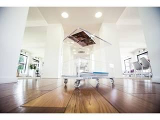 Tavolino portariviste Designtrasparente Sala da pranzoTavoli