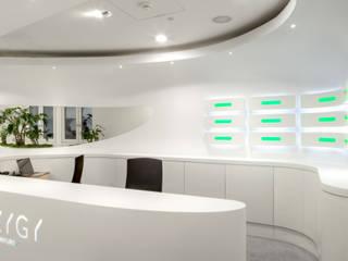 SYZYGY - Frankfurt am Main Arbeitszimmer von 3deluxe