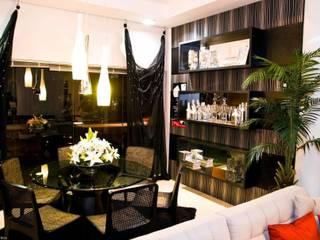 Aline Silva Arquitetura Eclectic style dining room