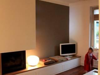 Vue de l'appropriation de l'espace de vie.: Salon de style de style Moderne par 3B Architecture