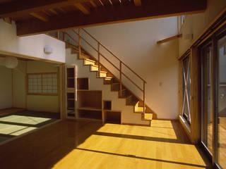 さいたまの家-Ⅲ 八島建築設計室 オリジナルデザインの リビング