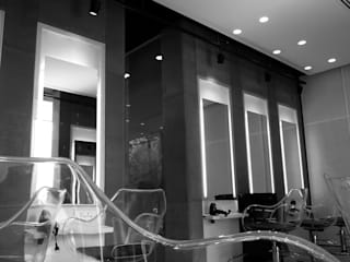 Toni & Guy Saloon:  Commercial Spaces by Play Design Studio