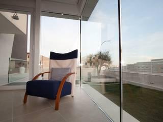 Giardino d'inverno RP: Giardino d'inverno in stile  di Laboratorio di Progettazione Claudio Criscione Design