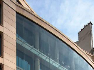G.A.N. Insurances Company Offices:  de estilo  de Ricardo Bofill Taller de Arquitectura