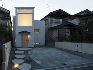 Eclectic style houses by FUMIASO ARCHITECT & ASSOCIATES/ 阿曽芙実建築設計事務所 Eclectic