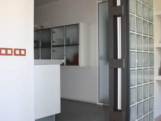 interiorismo: Paredes de estilo  de Arquitectura e Interiorismo en Cadiz
