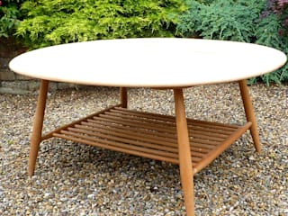 Ercol Coffee Table: modern  by Linney Hughes, Modern