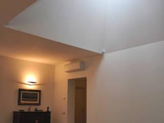 Villa I - Casa unifamiliare, Monticelli Brusati, 2011: Case in stile in stile Moderno di Studioartec