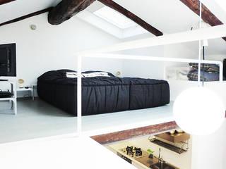 LA ZONA NOTTE Case in stile minimalista di Di Origine Progettuale DOParchitetti Minimalista