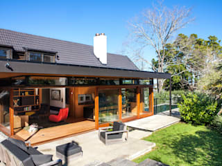 Marine Parade Modern houses by Dorrington Atcheson Architects Modern