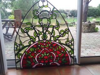 Du gui en vitrail:  de style  par Verre Curieux