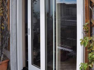 Navello - Oceano : Finestre & Porte in stile  di Navello