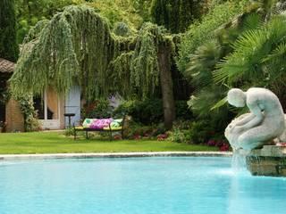 PLUM GARDEN Piscine Lucien Févriero:  de style  par Plum Garden