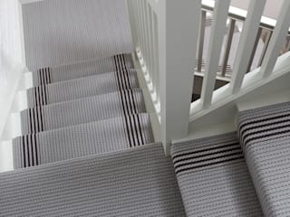 The London Collection Pasillos, vestíbulos y escaleras de estilo moderno de Roger Oates Design Moderno