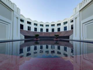 El Anfiteatro:  de estilo  de Ricardo Bofill Taller de Arquitectura