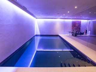 Gold Award Winning Subterranean Pool Piscine minimaliste par London Swimming Pool Company Minimaliste