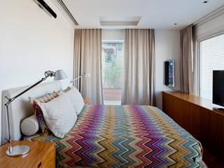Bedroom by Gisele Taranto Arquitetura