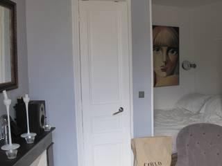 Studio - Paris XIV:  de style  par Agence D.A.K