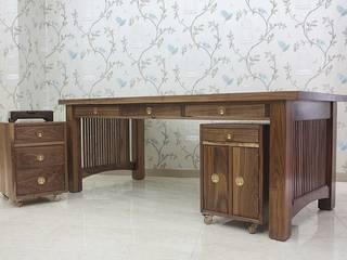 Desk: 브라운스토리의 클래식 ,클래식