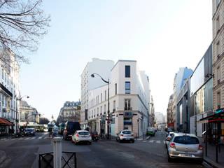 Immeuble Haussmannian surelevé :  de style  par APGL
