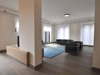 Salas / recibidores de estilo  por Bobarchitectuur, Minimalista