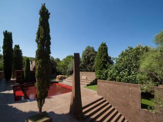 Family House at the Empordà:  de estilo  de Ricardo Bofill Taller de Arquitectura