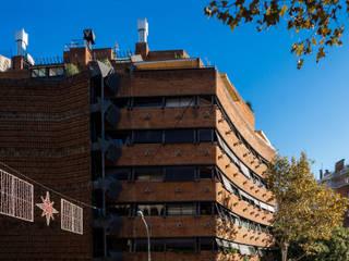 Bach 4 apartments:  de estilo  de Ricardo Bofill Taller de Arquitectura