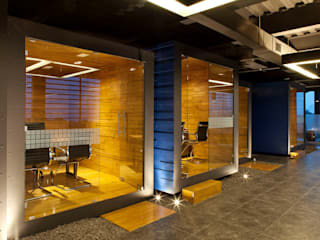 Boutique de Arquitectura (Sonotectura + Refaccionaria) Ruangan