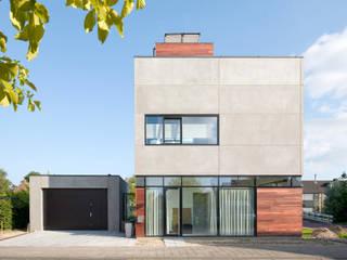 Villa Nieuw Oosteinde:  Huizen door Engel Architecten, Modern