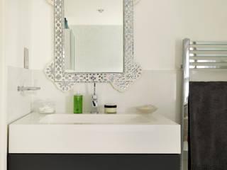 Camberwell Victorian House Modern bathroom by My Bespoke Room Ltd Modern