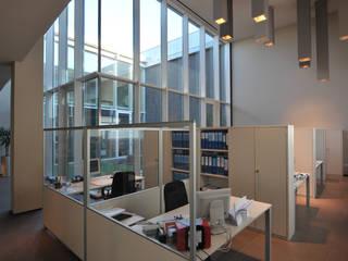 Executive offices – SIRIO Ltd. – 2008 BARTOLETTI CICOGNANI Edificios de oficinas de estilo moderno