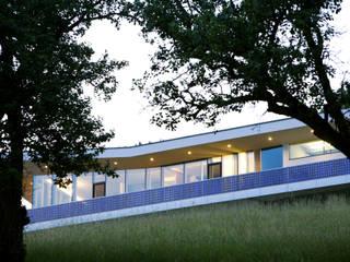 Südseite: moderne Häuser von Kaltenegger und Partner Architekten ZT GmbH