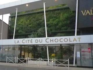 à la source du grand chocolat, jardins de la Cité du chocolat de Valrhona Centre d'expositions tropicaux par ATELIER CHARDON PAYSAGES Tropical