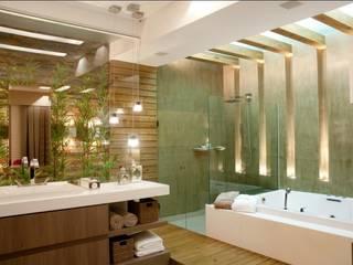 Moderne Badezimmer von Cristine V. Angelo Boing e Fernanda Carlin da Silva Modern