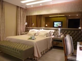 Klassische Schlafzimmer von Cristine V. Angelo Boing e Fernanda Carlin da Silva Klassisch