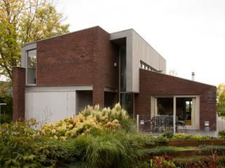 Woonhuis Pantekoek:  Huizen door Groeneweg Van der Meijden Architecten, Modern