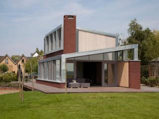woonhuis Brinkman:  Huizen door Groeneweg Van der Meijden Architecten, Modern