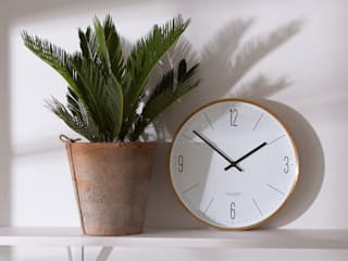 Gold Couture Clock: minimalist  by Fate London, Minimalist