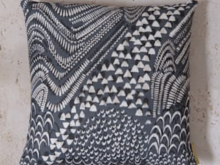 Starling Cushion: modern  by Fate London, Modern