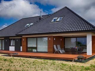Maisons de style  par Studio Projektowe Projektive, Moderne
