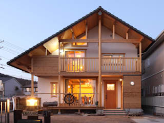 ATELIER TAMA Country style houses